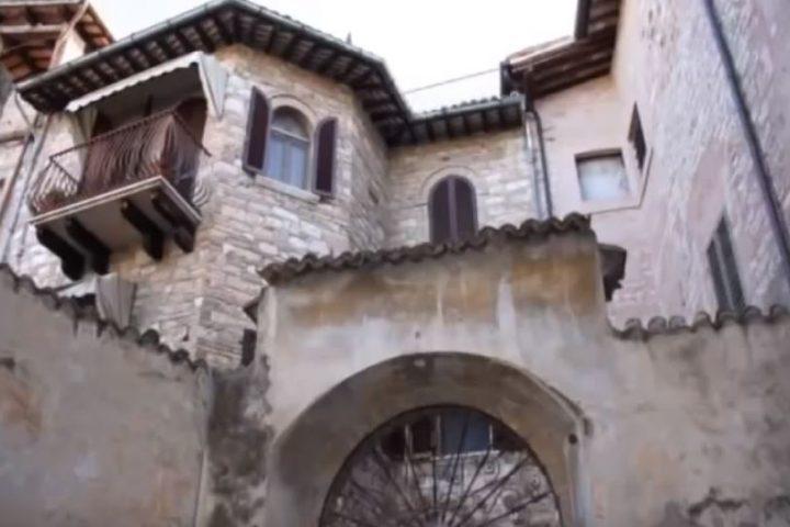 "Ex ""Palazzo Salmareggi"" (XVI sec.)"